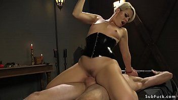 Rubber mistresse with belt on bangs chap