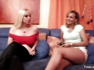 Carnal lesbo sex betwixt 2 glamorous blondes